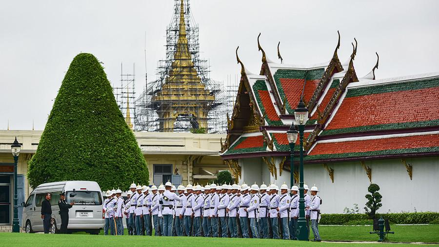 Меры безопасности усилят в Таиланде в дни прощания с королем Рамой IX