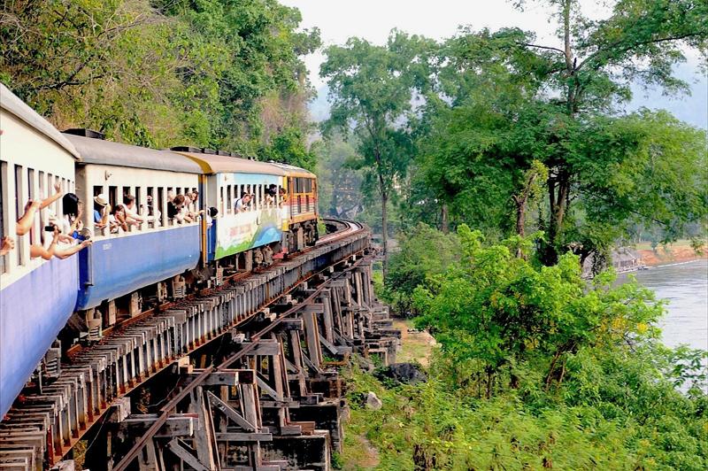 Россия готова заняться строительством железных дорог в Таиланде