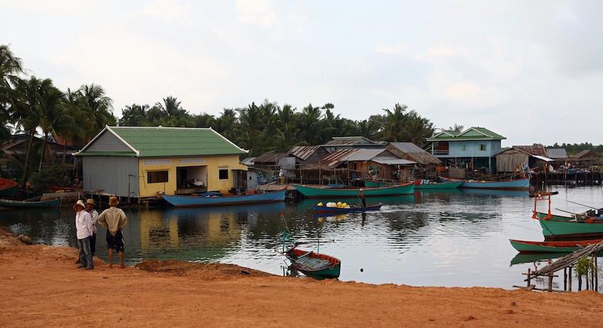 Семья из Санкт-Петербурга загадочно погибла в Камбодже
