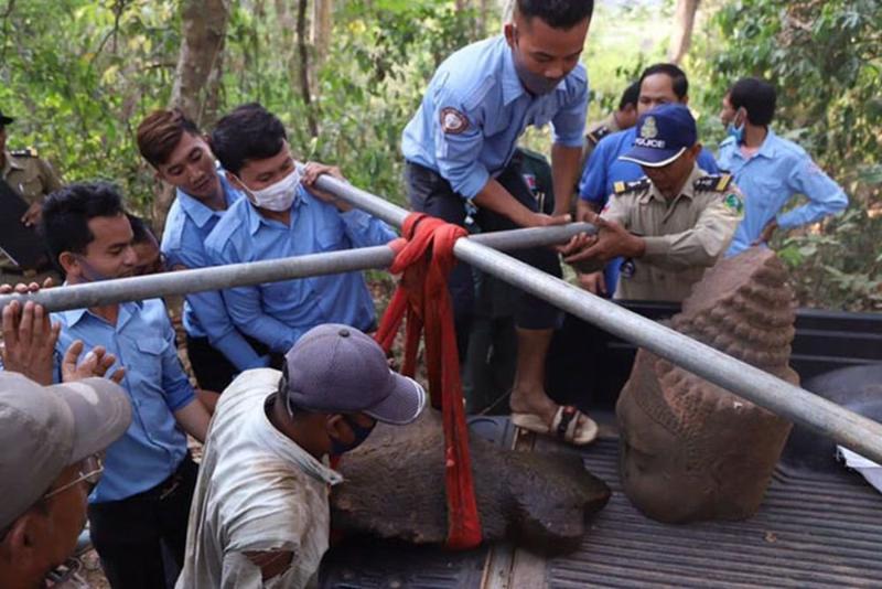 В Камбодже обнаружена статуя получеловека-полузмея из «Махабхараты»