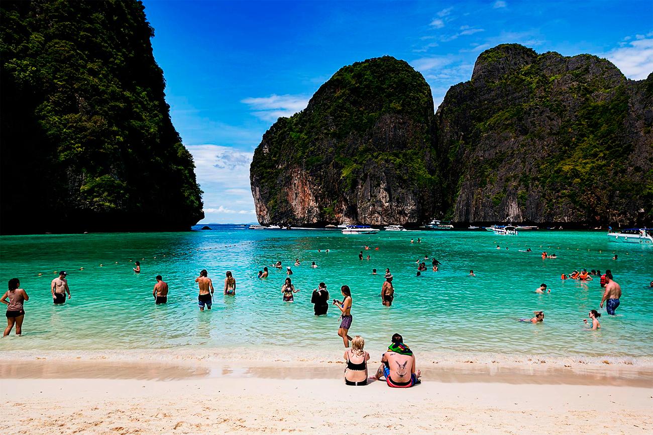 Майя Бэй на Пхи Пхи занимает 11-е место в списке самых красивых пляжей Земли