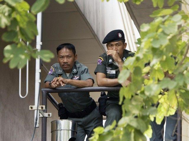 Россиянин, приехавший с женой на отдых в Таиланд, задержан по запросу США