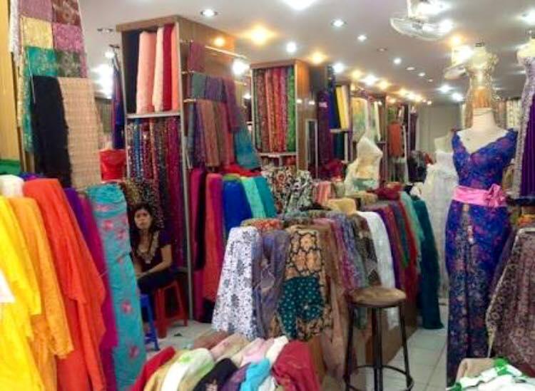 подскажите пожалуйста магазин текстиля (тканей) в Бангкоке?