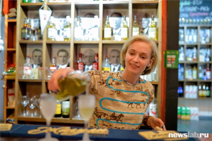 Там до сих пор стоят наши 90-е»: как красноярский бармен Камбоджу покоряла