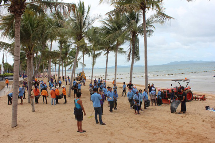 Пляжи Паттайи засверкают чистотой к высокому сезону 2017/2018