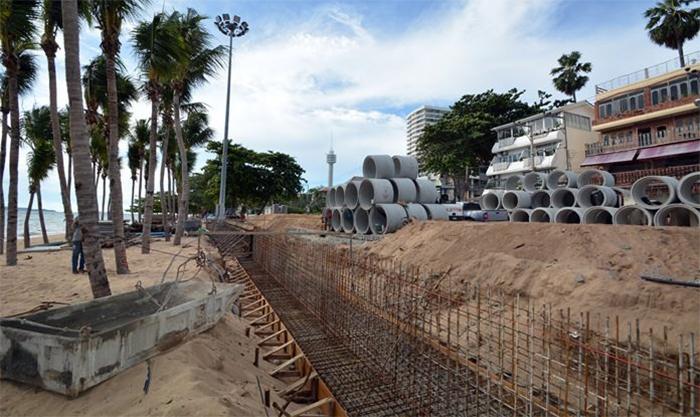 Реконструкция пляжа Донгтан в Паттайе закончится раньше намеченного срока