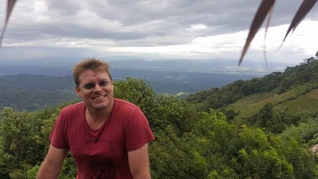 Жареные пауки и зарплата $4500: как живется украинцу в Камбодже