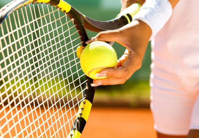 Кто играет в большой теннис? Где? Что ? Почем? Поделитесь инфой пожалуйста! Хочется научиться