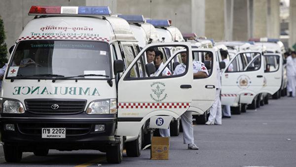 Число погибших при обрушении здания на Пхукете выросло до трех человек