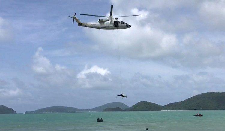 Фото: Во вторник, 1 августа, на мысе Панва и в окружающей его акватории прошли объединенные учения спасателей