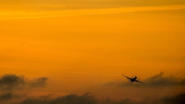В Екатеринбурге аварийно сел летевший из Таиланда самолет