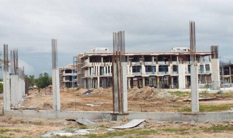 Тюрьма на 4000 заключенных строится в центральной части пхукета. Новый тюремный комплекс, получивший название Bang Jo Prison, возводится в районе одноименного поселка в центральной части Пхукета, между Srisunthorn Rd. и Thepkrasattri Rd.