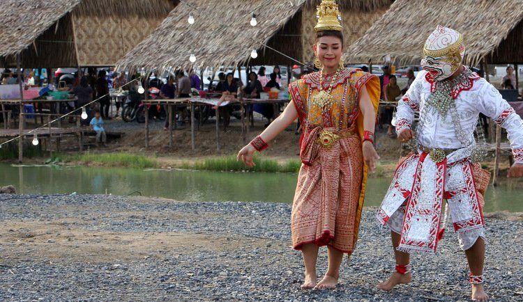 Первая ярмарка Pracharat Market прошла в Историческом парке на Пхукете. В субботу, в Phuket Historical Park прошла первая ярмарка Pracharat Market, которая должна отныне стать регулярным событием.