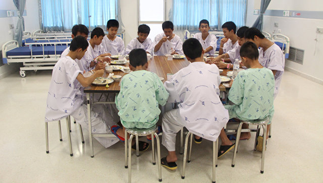 Спасенные из пещеры в Таиланде дети готовятся к выписке из больницы