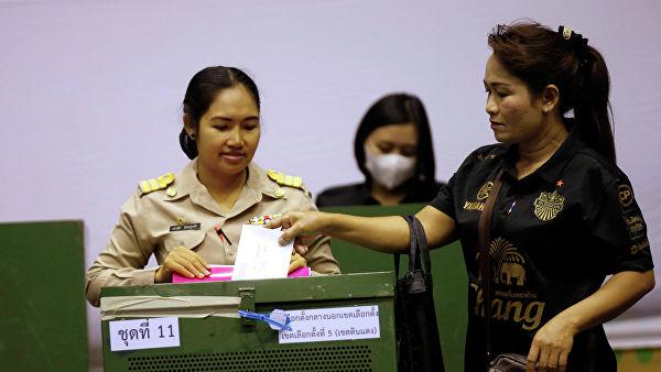В Таиланде проходит досрочное голосование на выборах в парламент