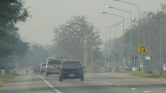 Из-за смога на севере заболели тысячи людей