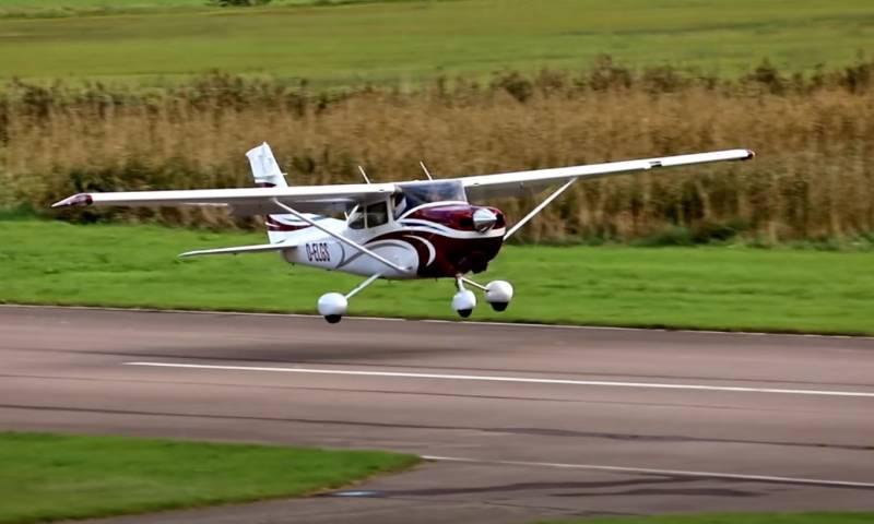 «Великая милость Его Величества»: король Таиланда подарил армии самолеты Cessna