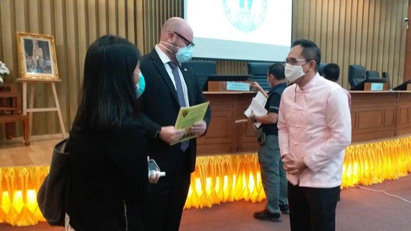 Поведение иностранцев в условиях COVID-19 обсудили с консулами