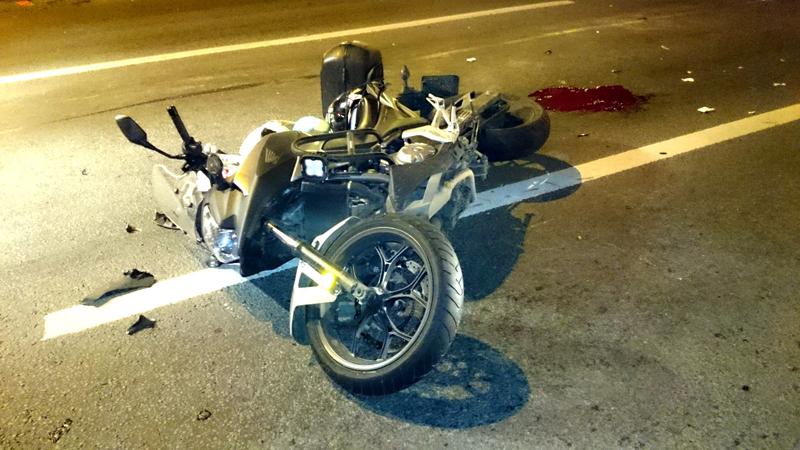 18-летний юноша на мотоцикле погиб от столкновения с такси