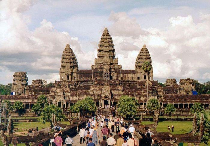 Ангкор-Ват — самый большой храм на Земле, поражающий своим великолепием. ФОТОрепортаж