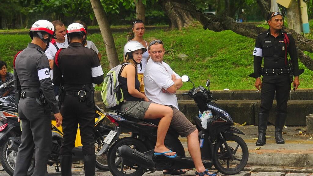 В Таиланде введена отдельная лицензия для водителей мотоциклов