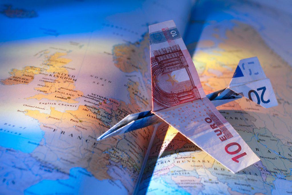 Охота на акции и временной расчет: как сэкономить на авиаперелете