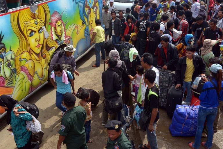 Тысячи рабочих бегут из Таиланда после принятия трудового кодекса