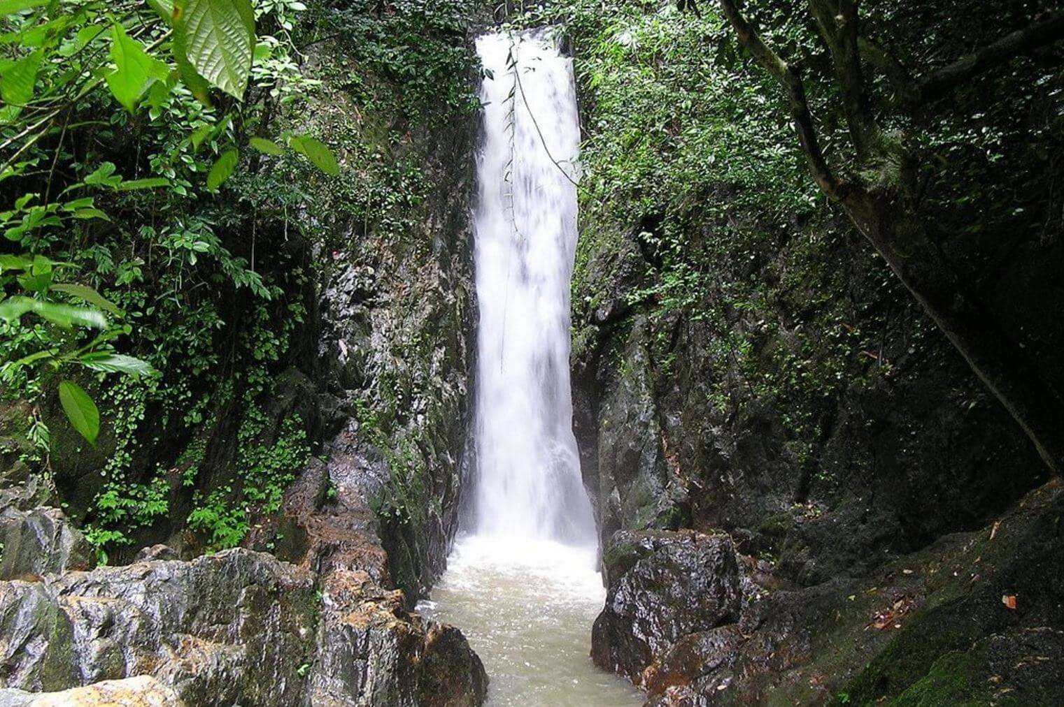 Bangpae Waterfall ( Водопад Банг Пае )