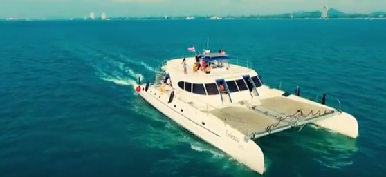 D-Club Boat Party
