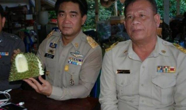 В Таиланде арестовали фермера за незрелые дурианы