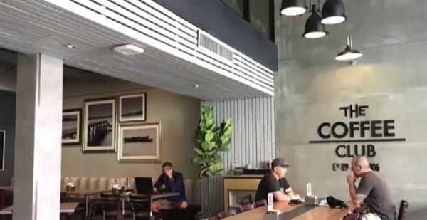 Newly Renovated Celebratio THE COFFEE CLUB (Naklau 27)