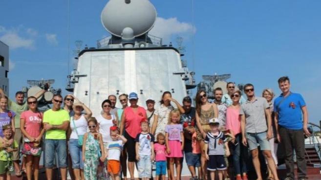 Фотогалерея с экскурсии на крейсер Варяг в Паттайе