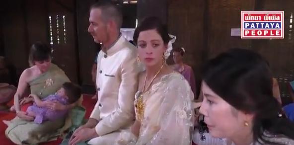 Thai Wedding for Tourists