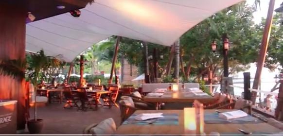 Coast Beach Bar & Grill at Centara Grand Mirage Beach Resort Pattaya