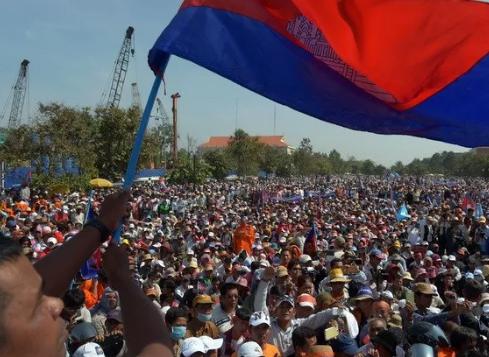 МВФ рекомендует Камбодже ускорить налоговую реформу