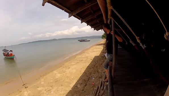 Серия 9 - Камбоджа. Переезд из Кампот в Сиануквиль. Пляжи Сиануквиль, интересные места