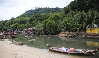 Viagra in diet supplements! 'Undesirable' foreigners? Phuket head-on crash! || Phuket