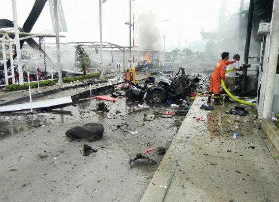 Более десятка взрывов произошли на юге Таиланда