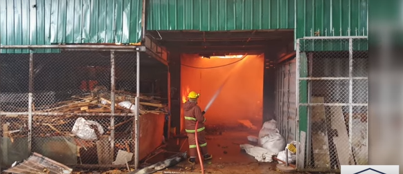Chalong factory fire! Pregnant wife shoots hubby cop! Day 9 in cave search!    Phuket