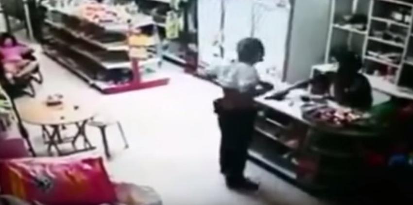 В Таиланде отец предложил сыну-геймеру застрелиться, что тот и сделал + видео