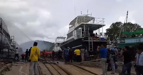 Plastic waste ban? Phuket boat fire! Hunting a murder suspect!    Phuket