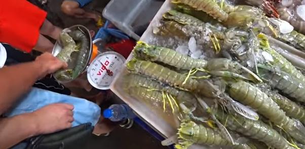 Ночной рынок еды на Пхукете 2019 – ЦЕНЫ на уличную еду на Патонге в Таиланде