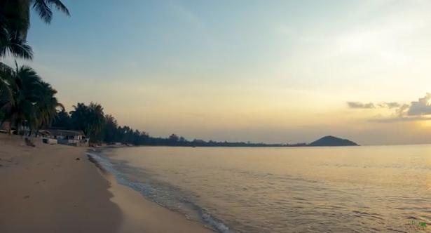 Небольшое видео для релакса с тихого и красивого пляжа Самуи - Липа Ной