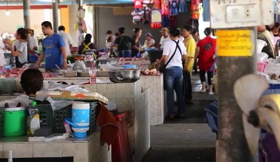 Рынок в Таиланде на Самуи//Что и по чем продают, что можно есть