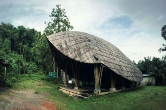 """На юге Таиланда построили и забыли """"туристический центр"""""""