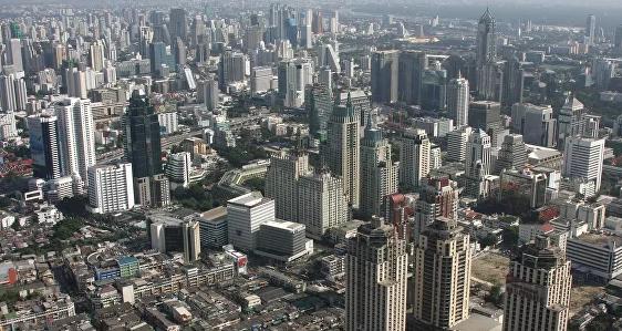 В Таиланде оппозиция обвинила членов кабмина в хищениях в Малайзии