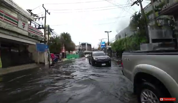Дорога на Чавенг - Пляж Чавенг Самуи 2020   Затопило улицу - На острове ПОТОП - Thailand Koh Samui