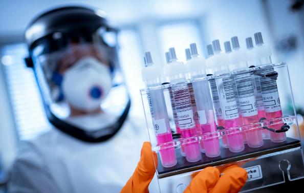 Таиланд отложит испытания вакцины против коронавируса на людях до конца года
