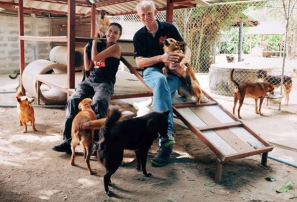 Heavy rains boost Phuket reservoirs! Soi Dog founder honoured! || Thailand News