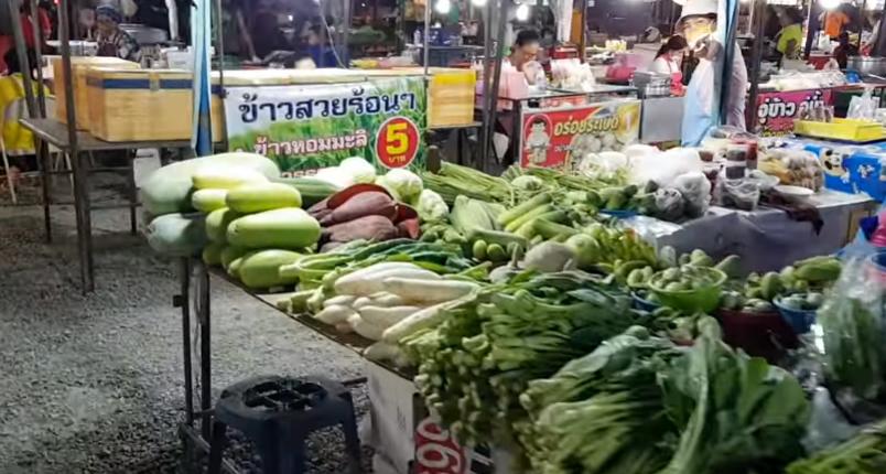 Паттайя | На Джомтьен | БАНГ САРЕ рынок для местных | Таиланд Bang Saray Pattaya Thailand